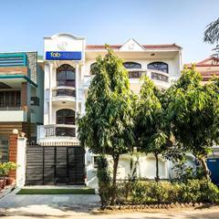Fabexpress Ivy Inn Sector 35 in Noida