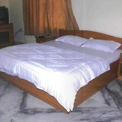 Funtown Hotel in Bahadurgarh