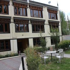 Hotel Nirvana Palace in Leh