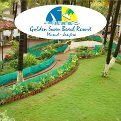 Golden Swan Beach Resort in Murud
