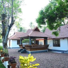 Gouris Home Stay in Punnappira