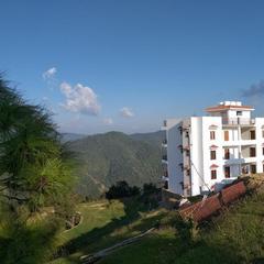 Grandiose Resort in Mukteshwar Nainital