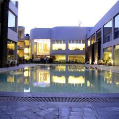 Hans Hotel & Resorts in Rewari
