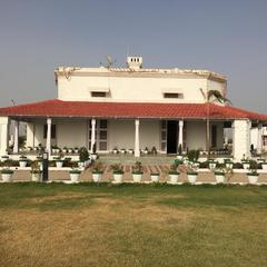 Hardik Nature Resort in Jhansi