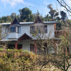 Hill Den in Mukteshwar Nainital