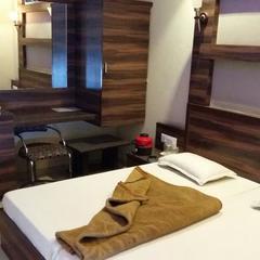 Hotel Aaram in Nand