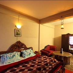 Hotel Adarsh in Mussoorie