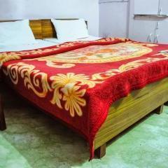 Hotel Amar Prem in Lucknow