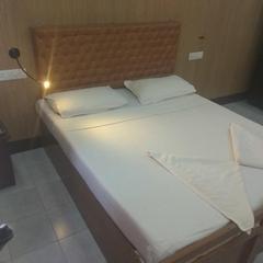 Hotel Annapoorna in Ettumanur