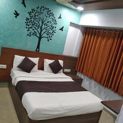 Hotel Anupam in Ahmedabad
