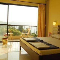 Hotel Ayush in Mahabaleshwar