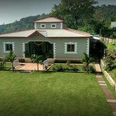 Hotel Bakula Garden in Satara