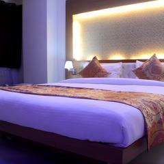 Hotel Basant Leela in Hardoi