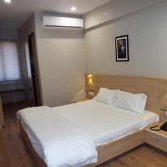 Hotel Berlin in Gandhinagar