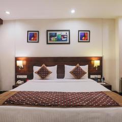 Hotel Bluestone - Nehru Place in New Delhi
