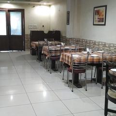 Hotel Corbett Inn in Rudrapur