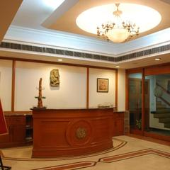Hotel Crystal Palace in Meerut