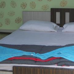 Hotel Debraj in Tarapith