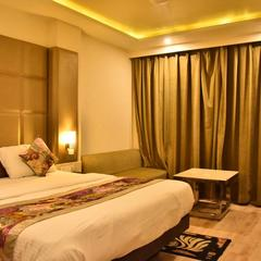 Hotel Deep in Kanpur