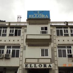 Hotel Ellora in Dharara
