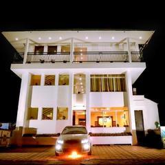 Hotel Emerald Inn in Munnar