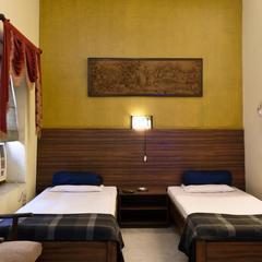 Hotel Esplanade Chambers in Kolkata