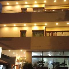 Hotel Ganga Azure in New Delhi