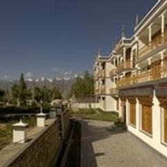Hotel Gawaling International in Leh