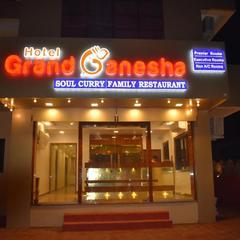 Hotel Grand Ganesha in Ganpati Pule
