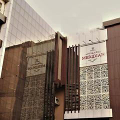 Hotel Grand Meridian in Katni