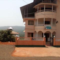 Hotel Hill Top in Amboli
