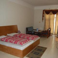 Hotel Himsagar in Almora
