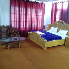 Hotel Hrithik Palace in Khajjiar