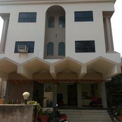 Hotel Indira Sagar in Sangli