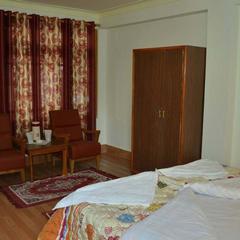 Hotel Jan Palace in Kargil