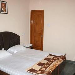 Hotel Kailash Inn in Dehradun
