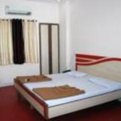 Hotel Krushnai in Latur