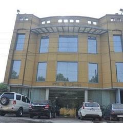 Hotel Ivory Grand in Amritsar