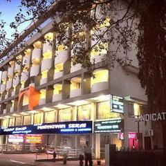 Hotel Madhuvan Serai in Manipal