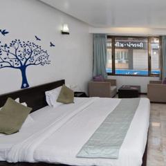 Hotel Maple Inn in Ahmedabad