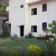 Hotel Meadow Nainital in Bhimtal