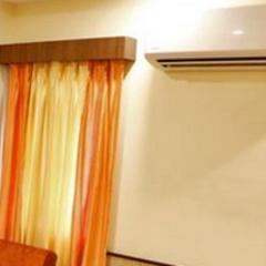 Hotel Mina Palace in Wardha