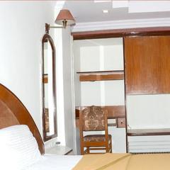 Hotel Monarch Excelency in Ankleshwar