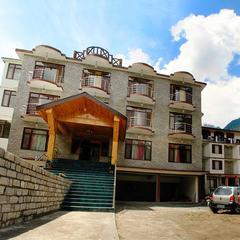 Hotel Mukund Palace in Manali