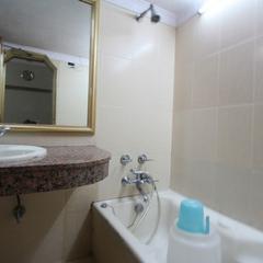 Hotel Naveen in Meerut