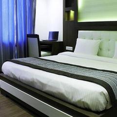 Hotel Opulence in Pathankot