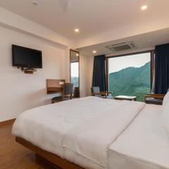 Hotel Pacific Mussoorie in Mussoorie