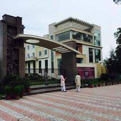 Hotel Pacific in Roorkee
