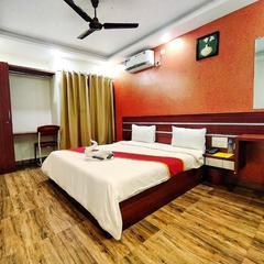Hotel Palm Suite in Bengaluru