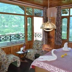 Hotel Peak View in Manali